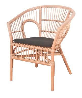 Silla estilo Bistró fabricada en rattan y médula natural.